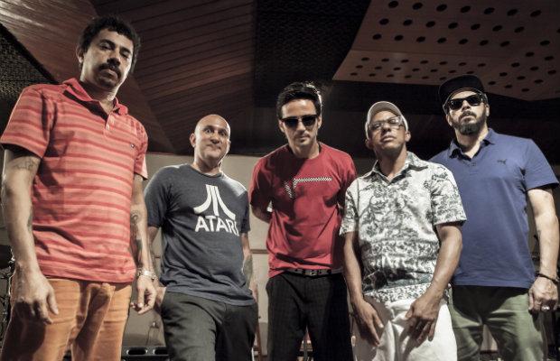 Banda se prepara para entrar em estúdio ainda este ano para gravar novo álbum. Crédito: Tom Cabral