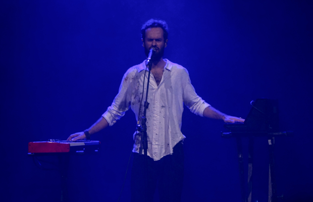 Show trouxe também canções inéditas que estarão no próximo álbum de Marcelo Jeneci.