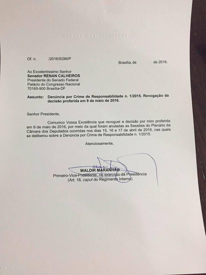 Documento contém a assinatura do presidente interino, mas não está assinado. Foto: Diego Escosteguy/Reprodução
