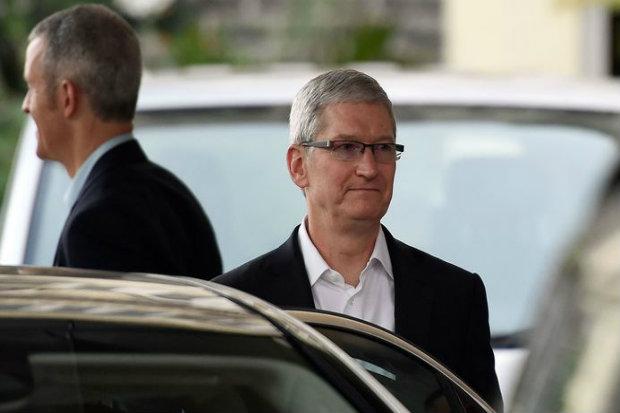 """""""A Índia deu vida a uma comunidade de desenvolvimento iOS vibrante e empresarial"""", disse Tim Cook, CEO da Apple. Foto: PUNIT PARANJPE/AFP."""