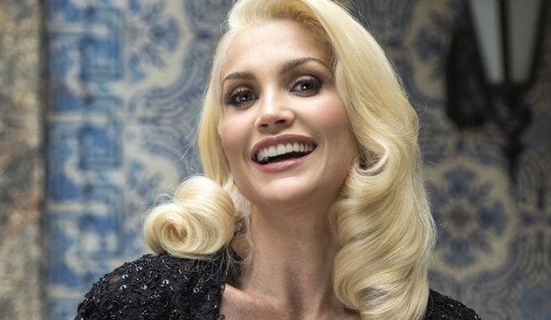 Sandra é vivida por Flávia Alessandra. Foto: TV Globo/Divulgação