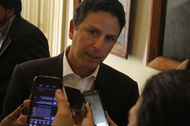 Segundo Bruno Araújo, essa alternativa seria feito por meio de Parcerias Público-Privadas. Foto: Rodrigo Silva/Esp.DP