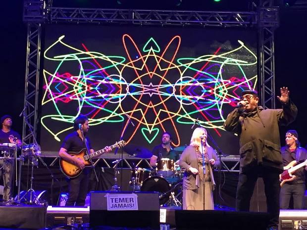 Cantor pernambucano Di Melo participou do show Mestres do Soul. Foto: Edson Franco/ Facebook/ Reprodução