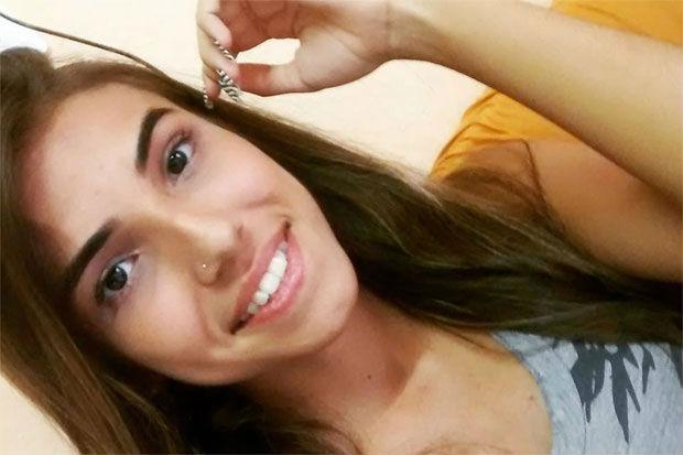 Maria Alice Seabra, de 19 anos, foi assassinada pelo padrasto no dia 19 de junho do ano passado. Foto: Reprodução/ Facebook