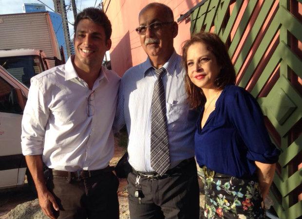 Figurante tieta Cauã Reymond e Drica Moraes na gravação. Foto: Arquivo pessoal/Divulgação