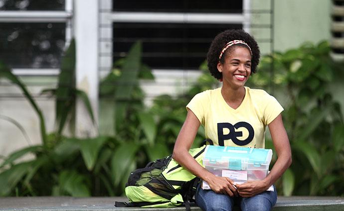 Morgana já conseguiu boa parte do dinheiro para comprar seu material furtado da faculdade. Foto: Peu Ricardo/Esp DP