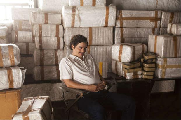 Netflix soltou spoiler com data da morte do traficante Pablo Escobar, interpretado por Wagner Moura. Foto: Daniel Daza/Netflix/Divulgação
