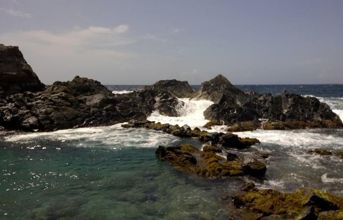 Dentro da área preservada, a piscina natural de Conchi, também chamada de Cura di Tortuga, é um cartão postal. Foto: Paulo Goethe/DP