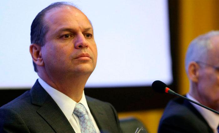 O ministro defendeu que os médicos façam uma investigação mais criteriosa do paciente, antes de solicitar exames ou prescrever remédios. Foto: Elza Fiúza/ Agência Brasil