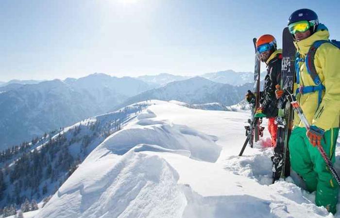 Esqui pode ser praticado por profissionais e amadores de todos os níveis. Foto: Visit Salzburgerland/Divulgação