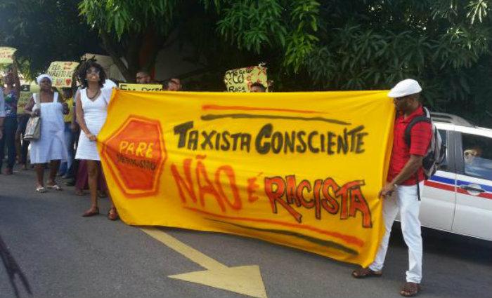 Ativistas denunciaram racismo policial e de taxistas na capital baiana. Foto: Sayonara Moreno/Ag