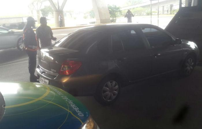 Condutor foi autuado pela CTTU por realizar transporte remunerado irregular. Foto: Reprodução/ WhatsApp