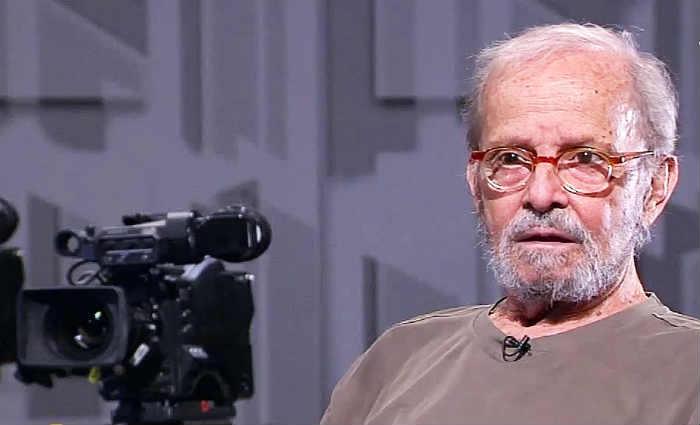 Atualmente, o jornalista comandava o programa Vem Comigo, na TV Gazeta, no qual estudantes de jornalismo ouviam hist