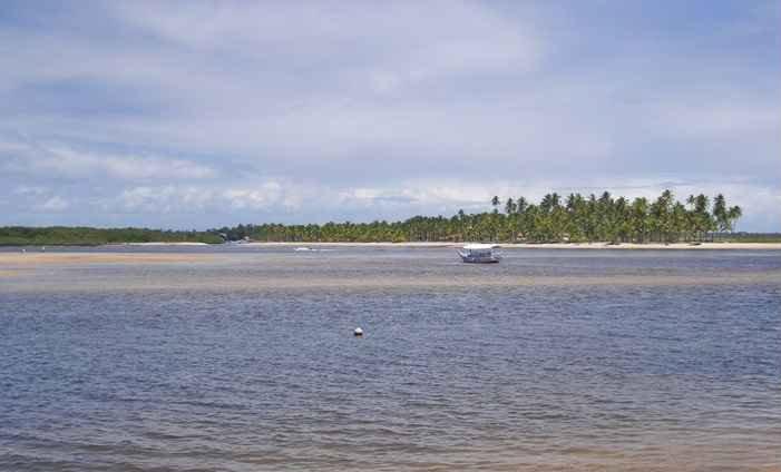 Prais possuem variadas formações de corais, formam pequenos lagos de água salgada. Foto: Dany Monteiro/Flickr (Prais possuem variadas formações de corais, formam pequenos lagos de água salgada. Foto: Dany Monteiro/Flickr)