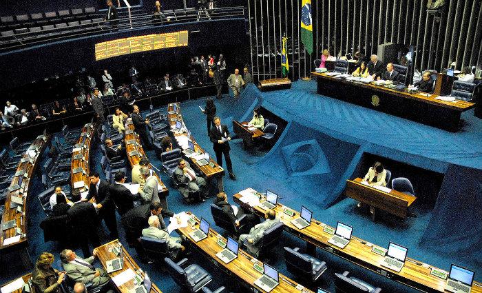 Senado votou a matéria em sessão na tarde desta quinta-feira. Foto: Wilson Dias/Agência Brasil