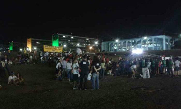 Aproximadamente 700 pessoas se reuniram para o protesto. Foto: Patricia Rodrigues/Esp. CB/D.A Press