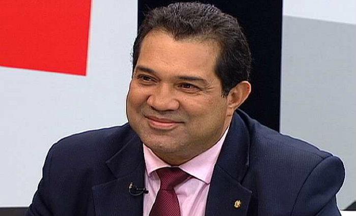Carlos Andrade, um dos seis deputados do PHS a votar favor da cassa