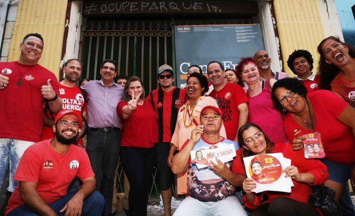 Artistas e militantes participaram do evento Centro Vivo, nesta ter