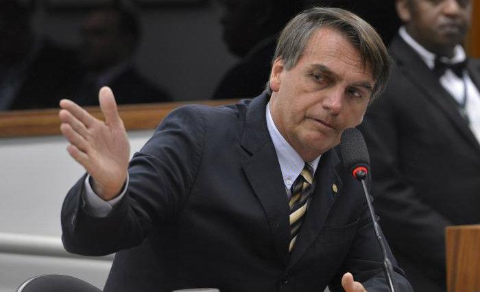 Um dos discursos mais contundentes foi da vice-presidente da OAB-DF, Daniela Teixeira, que pediu que o Supremo Tribunal Federal julgue e condene Bolsonaro. Foto: Wilson Dias/Ag