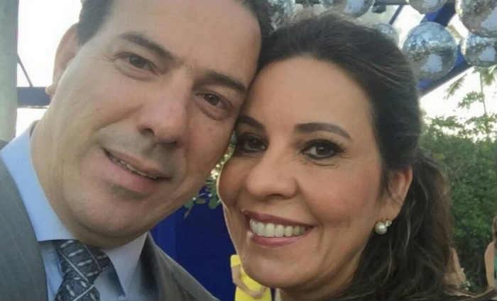 A deputada Raquel Muniz (PSD), o marido Ruy Muniz - prefeito afastado de Montes Claros pelo PSB - e familiares s