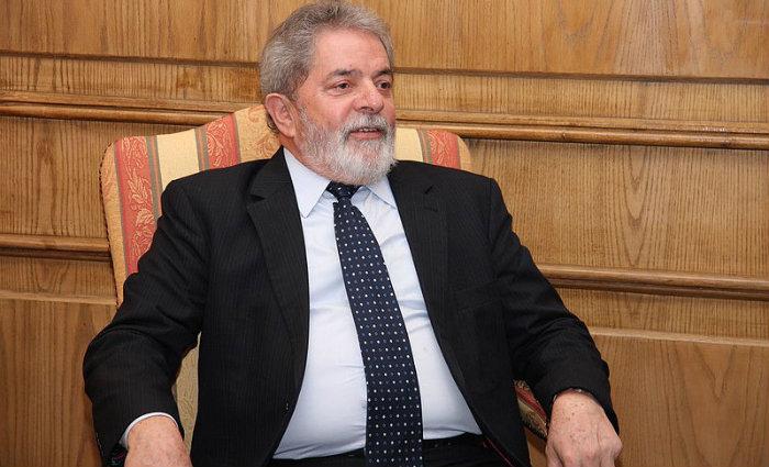 Ex-presidente foi denunciado por participa