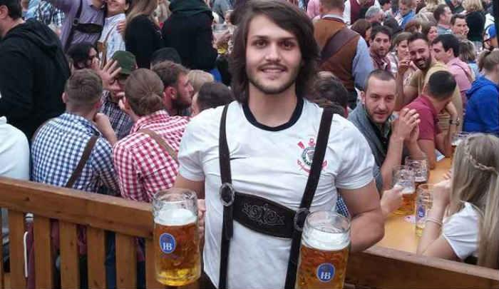 O estudante Mateus Melchior experimentou a festa alemã e não quer perder nenhuma edição brasileira. Foto: Arquivo pessoal
