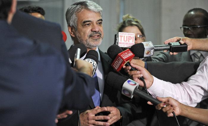 Senador Humberto Costa (PT-PE) concede entrevista. Foto: Moreira Mariz/Ag