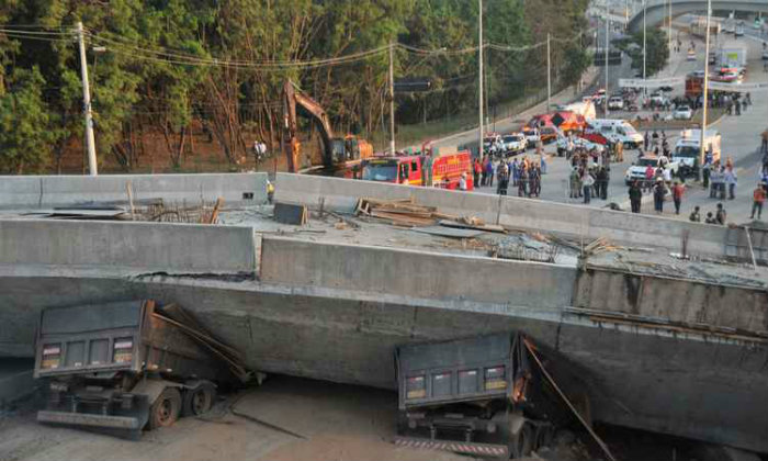 Viaduto caiu quando ainda estava em obras. Foto: Leandro Couri/EM/D.A Press