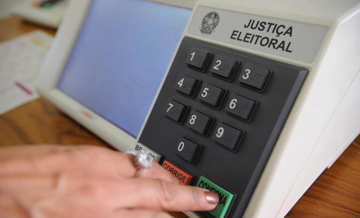 Apenas os locais mais distantes receberão a urna um dia antes. Foto: Fábio Rodrigues Pozzebom/ Agência Brasil
