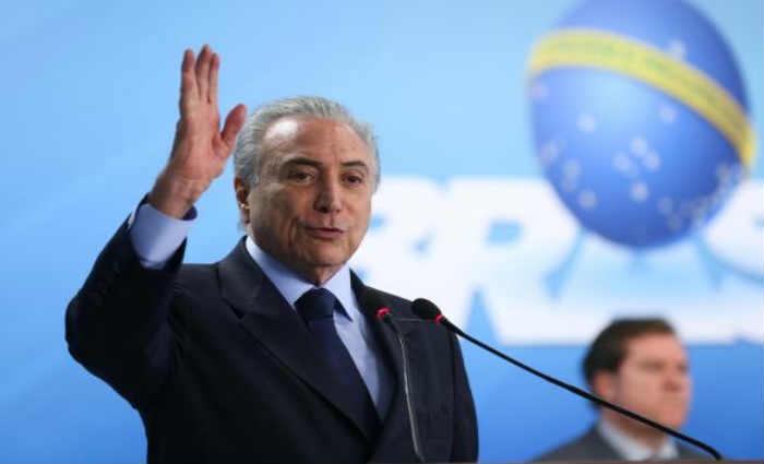 Na posse do novo ministro do Turismo, Marx Beltr