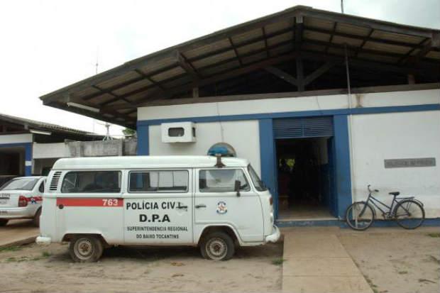 Fachada da delegacia em Abaetetuba (PA) onde uma adolescente ficou presa na mesma cela com quase 30 homens. Foto: Arquivo/Fabio Pozzebom/Ag