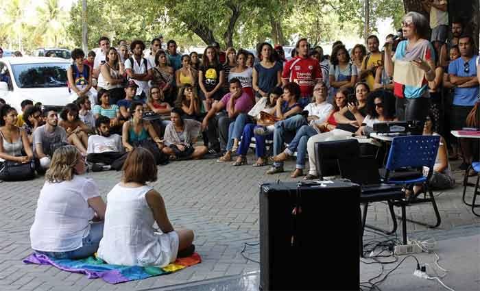 A Universidade Federal de Pernambuco é uma das instituições ocupadas pelos estudantes. Foto: UFPE na luta/Facebook/Reprodução