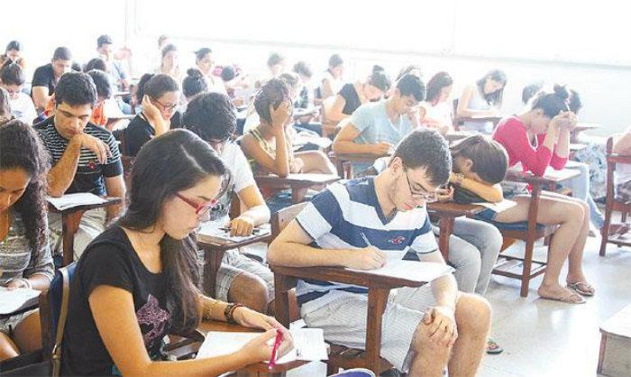 Exame é a porta de entrada para quase todas as universidades e institutos federais. Foto: Júlio Jacobina/DP