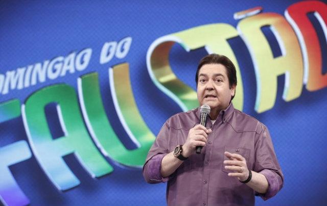 Apresentador voltou a afirmar que há mulheres que não ouvem conselhor e por isso permanecem em relacionamentos abusivos. Foto: TV Globo/Reprodução