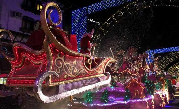 Gramado, no Rio Grande do Sul, é conhecida como a cidade do Natal no Brasil, por conta do alto padrão na decoração da cidade para o feriado. Foto: Cleiton Thiele/Divulgação