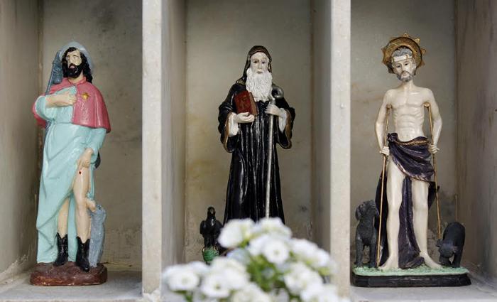 Assim como na Igreja Católica, a Umbanda também tem seus santos. Fotos: Shilton Araújo/DP