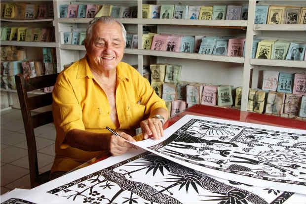 Artista popular mostra xilogravuras sobre sua vida e a curadoria também selecionou um apanhado de obras representativas de sua trajetória. Crédito: Xirumba Amorim/Divulgação
