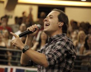 André Valadão é uma das vozes do gênero brazilian gospel, um dos destaques do ano. Foto: Facebook/Reprodução