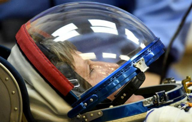 A astronauta americana Peggy Whitson, no cosmódromo de Baikobur. Foto: AFP Kirill KUDRYAVTSEV/Reprodução