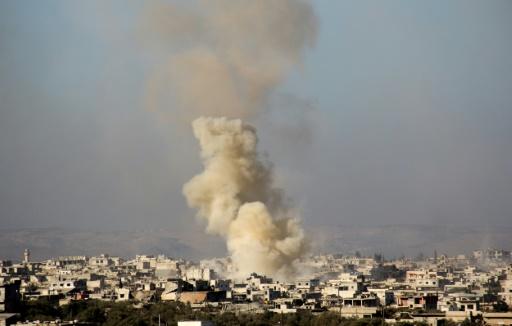 Na província vizinha de Idleb caças sírios bombardearam a localidade de Taftanaz, matando três rebeldes. AFP Omar haj kadour