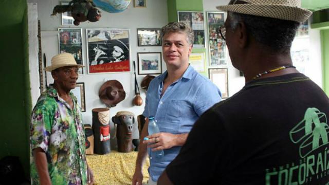 Fábio Assunção visitou a sede do Coco Raízes de Arcoverde. Foto: Silveraço/Coco Raízes de Arcoverde/Reprodução