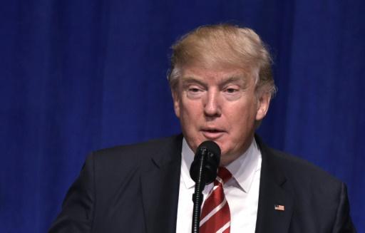 """O """"não"""" coroou uma quinta-feira bastante agitada para o presidente Trump, que atacou os políticos e a imprensa em entrevista coletiva. Foto: AFP/MANDEL NGAN"""