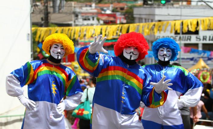Trio de papangus destacam que Pernambuco reúne todas as culturas. Foto: Paulo Paiva/DP.