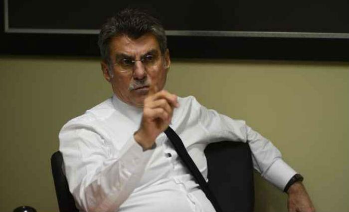 """Após sair do Ministério do Planejamento, o senador Romero Jucá (PMDB-RR) se diz no governo """"até o pescoço"""". Foto: Ed Alves/CB/D.A Press"""