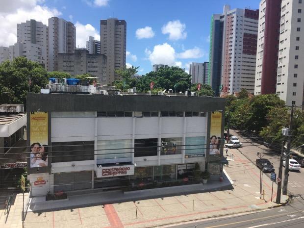Centro de compras ficou fechado na manhã desta terça por causa do crime. Foto: Mariana Melo/Cortesia.