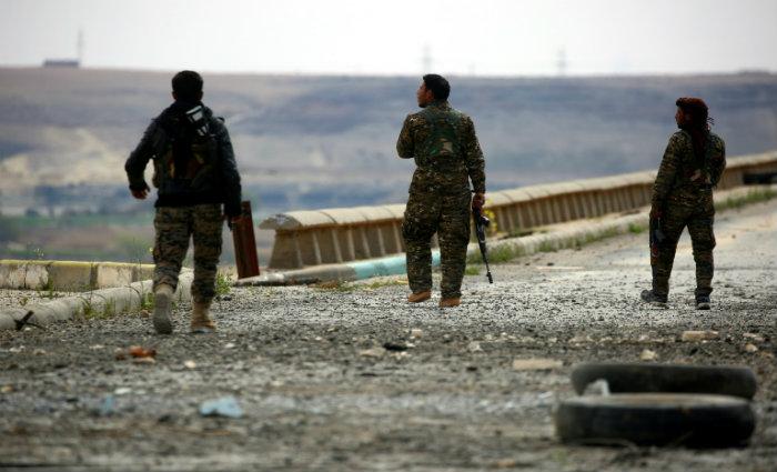 Resultado de imagem para Coalizão liderada pelos EUA matou 18 combatentes aliados na Síria por engano, diz Pentágo
