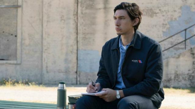Adam Driver interpreta o personagem-título de Paterson. Foto: Fênix/Divulgação