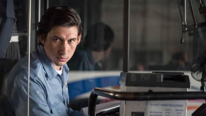 Paterson é protagonizado por Adam Driver, o Kylo Ren de Star Wars. Foto: Warner/Divulgação