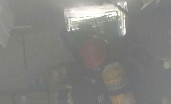 Incêndio atinge Hospital Helena Moura, no Parnamirim. Foto: Bombeiros/ Divulgação