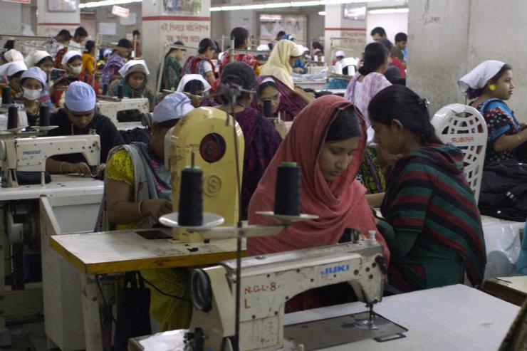 O documentário The true cost, que aborda questões de consumo, produção e impacto da indústria têxtil, está na programação da Fashion Revolution Week no Recife. Foto: The True Cost/Reprodução